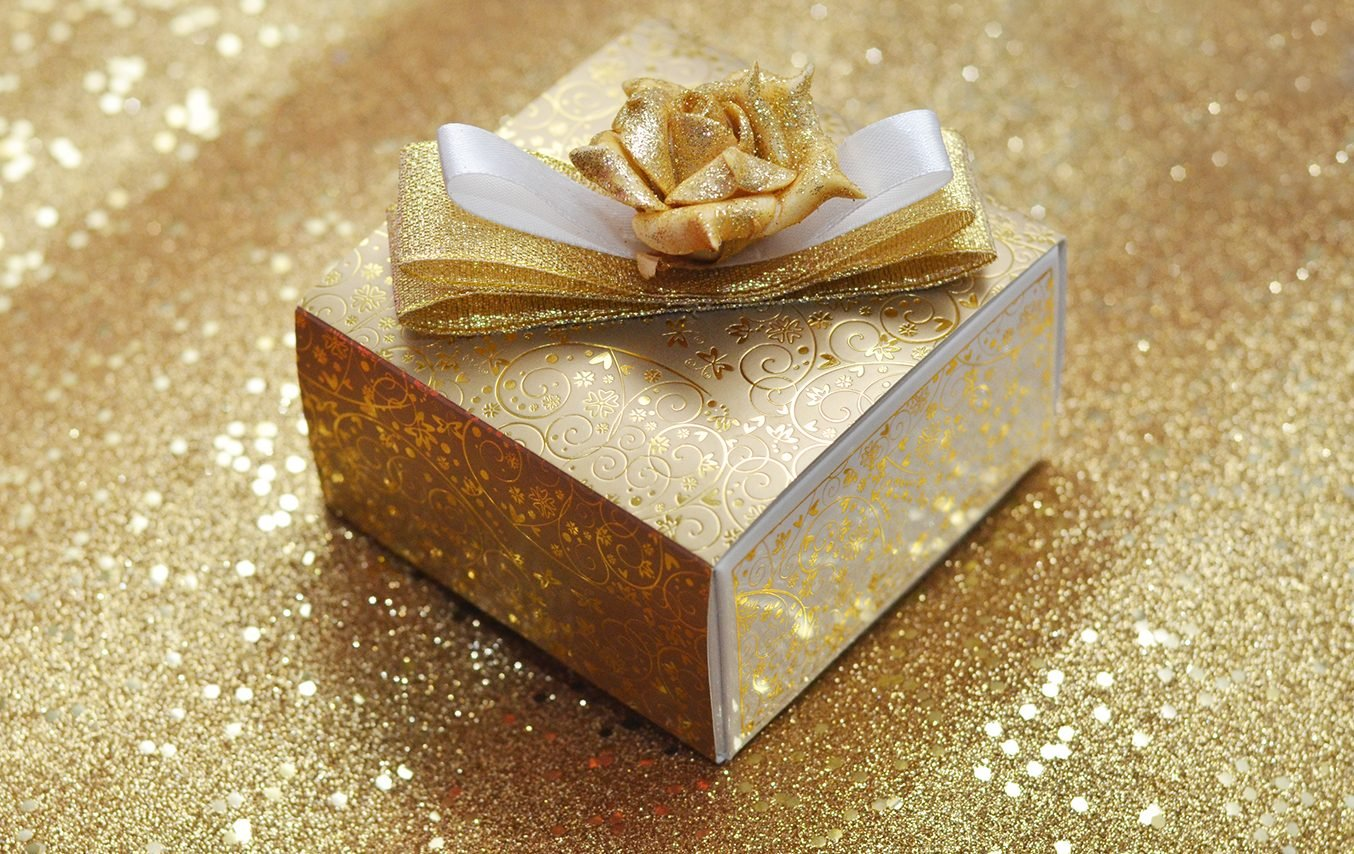 Gifts, Favours & Accessories